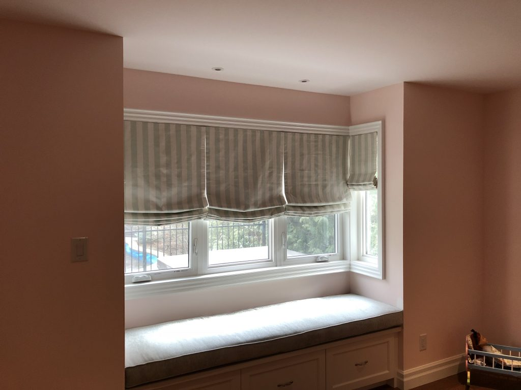 Roman Shades Bedroom with Bench Cushion